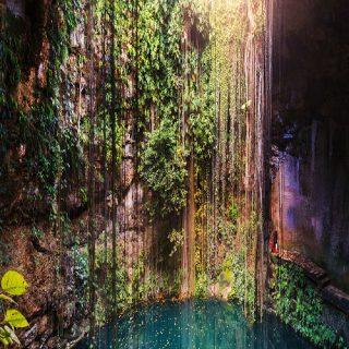 Ik-Kil Cenote,Mexico