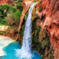 Falls Havasu in rocks , Havasu Falls, Grand Canyon, Arizona, USA-min